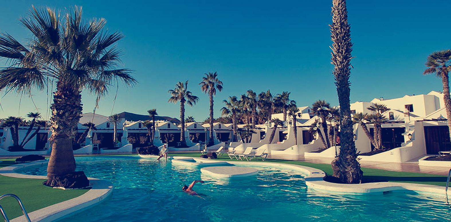 Sands Beach Resort social media training